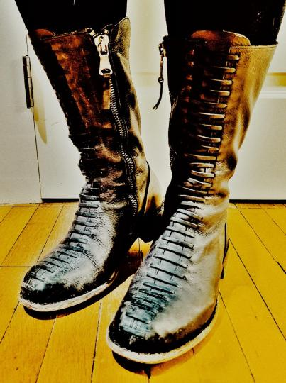Q boots